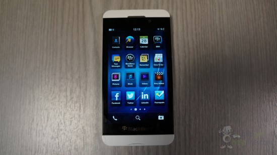 BlackBerry Z10 white (3)