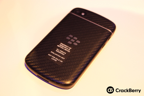 blackberry-q10-back-1